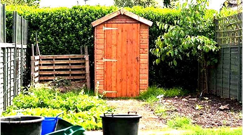Микробиологический препарат Тамир позволяет избавиться от неприятного запаха в туалете, выгребных ямах, в канализации, на ферме